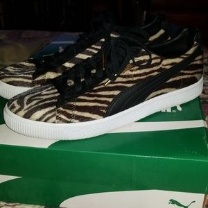 5c94d18d4a0f ... Puma Shoes - Puma Clyde suits Zebra ...